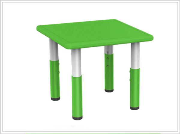mesa cuadrada nina